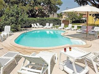 Renovated holiday house for 8 persons, with swimming pool , in Porec - Istria vacation rentals