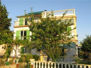 Apartment for 4 persons near the beach in Rab - Kampor vacation rentals