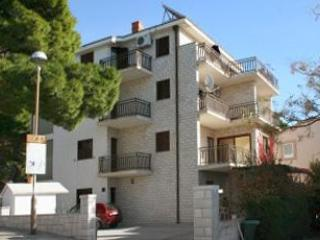 Apartment for 3 persons in Makarska - Makarska vacation rentals
