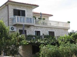Apartment for 2 persons near the beach in Brac - Supetar vacation rentals