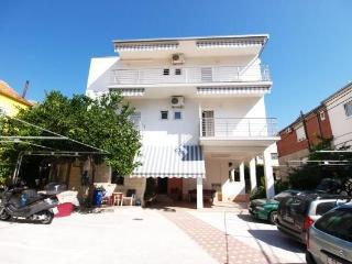 Apartment for 2 persons near the beach in Duce - Dalmatia vacation rentals