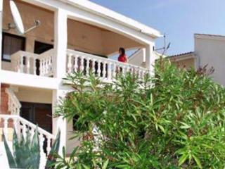 Apartment for 6 persons near the beach in Pag - Island Pag vacation rentals
