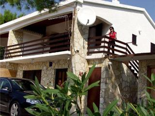 Apartment for 4 persons near the beach in Pag - Stara Novalja vacation rentals