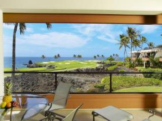 Oceanfront Mauna Lani Point Signature Hole Villa with majestic mountain views - Mauna Lani vacation rentals