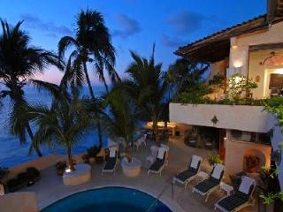 Villa McFuego- superb view of Bay of Banderas with pool, near beach- golf - Mexican Riviera-Pacific Coast vacation rentals