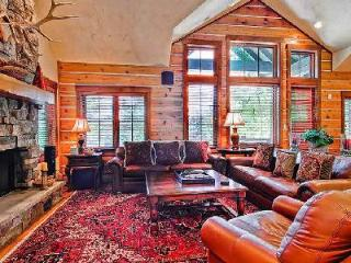 Buckhorn 8 - Bachelor Gulch Luxury Townhome with Hot Tub, Walk to Slopes - Beaver Creek vacation rentals
