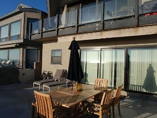 Oceanfront 3 Bedroom Lower Unit of a Duplex! Spacious Patio! (68284) - Newport Beach vacation rentals