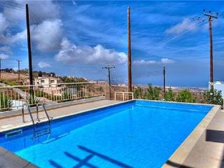 Newly built apartment for 8 persons, with swimming pool , in Latchi - Dhrousha vacation rentals
