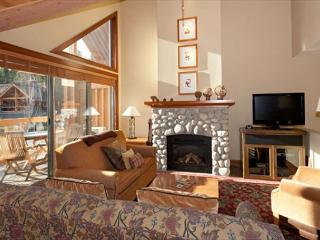 Montebello 4843 | 3 Bedroom Townhome, Near Whistler Village, Private Hot Tub - Whistler vacation rentals