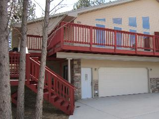 Crystal Pines Vacation Home - Black Hills and Badlands vacation rentals