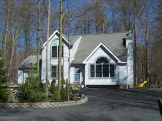 * 114582 - Pocono Lake vacation rentals