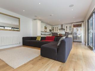 Lawn Road - London vacation rentals