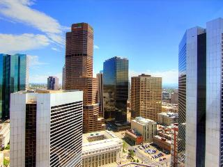BOOK ONLINE! Perfect Downtown Location! Best Views! 100 Walk Score! STAY ALFRED DP2 - Denver Metro Area vacation rentals