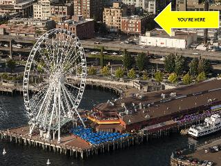 BOOK ONLINE! Next to Pikes, 100 Walk Score, Rooftop Deck Overlooking Elliott Bay STAY ALFRED MS1 - Seattle vacation rentals