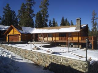 #010 Jaegerhaus (Hunter's House) - Big Bear Lake vacation rentals