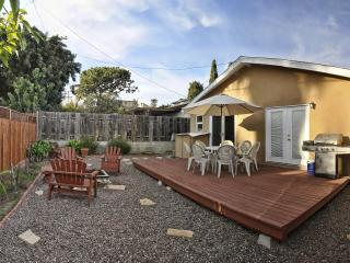 Walk to Beach! Spa Tub + Backyard w/ FirePit & Bbq - Dana Point vacation rentals