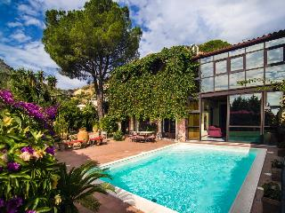 Luxury Villa in the heart of Taormina - Taormina vacation rentals