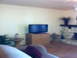 THE BEST PLACE TO STAY IN CANYON LAKE - D5 - Canyon Lake vacation rentals