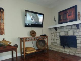 THE BEST PLACE TO STAY IN CANYON LAKE - D4 - Canyon Lake vacation rentals