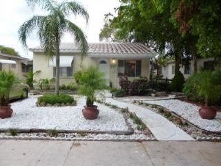 Stylish Villa Close to Downtown, Beach Area - Hollywood vacation rentals