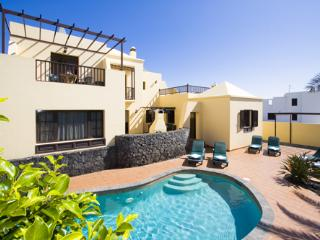 Eileen (Cat 25) - Costa Teguise vacation rentals