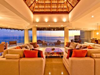 Luxurious Glass Penthouse with panoramic views of the beach and horizon - Cabo San Lucas vacation rentals