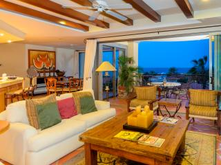 Beachfront Puerta del Sol FREE NIGHT(see below)! - Cabo San Lucas vacation rentals