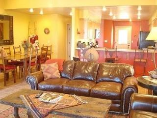 JUNE/JULY DISCOUNTS!! No Cleaning Fee! Sleeps 10 - Moab vacation rentals