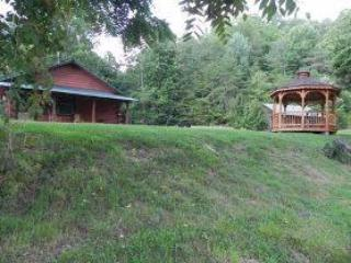 OCONALUFTEE RIVER CABIN near Cherokee - Smoky Mountains vacation rentals