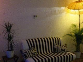 Vacation Apartment in Berlin-Schöneberg - 377 sqft, quiet, friendly, fully equipped (# 3671) - Berlin vacation rentals