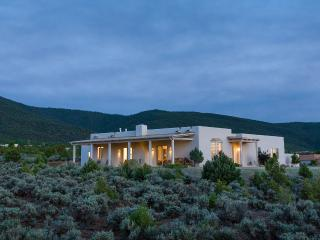 Tranquility and Luxury in Taos, Unique Masterpiece - Taos Area vacation rentals