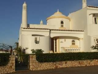 CASA JOANAIN,Beautiful modern 2 bedroom link villa - Algarve vacation rentals