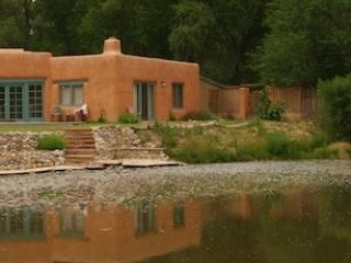 Welcome to Paradise Pond - Paradise Pond Casita - Chimayo - rentals
