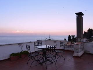 Tetti di Taormina, stunning view-terrace in centre - Sicily vacation rentals