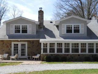 Warm and inviting getaway with spacious yard borderded by Stony Fork Creek! - Farmington vacation rentals