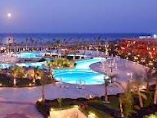 LUXURY VILLA 1 BD APARTMENT AT 5 STAR RESORT (9B1) - Egypt vacation rentals