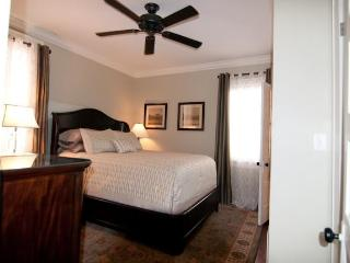 Six Pence Flat - Savannah vacation rentals
