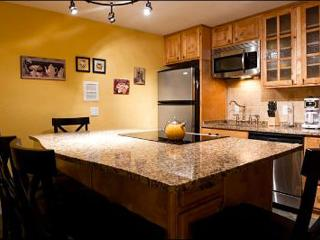 Remodeled Snow Country Condo - Great for Small Groups or Families (24934) - Park City vacation rentals