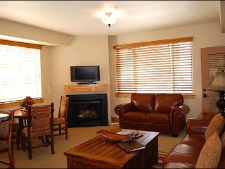 Charming Silverado Lodge Condo - In-House Shuttle Service (24952) - Park City vacation rentals