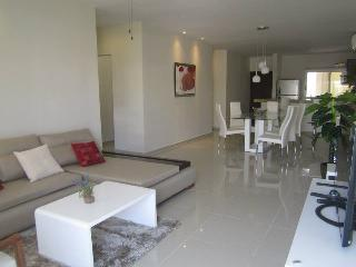 Beautiful Penthouse with private and spacious roof top! - Playa del Carmen vacation rentals