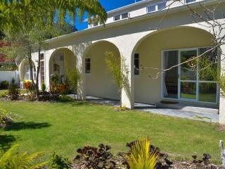 Eight Arches in The City - Nelson-Tasman Region vacation rentals