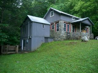 Jacob's Cabin in the Smokies of North Carolina - Canton vacation rentals