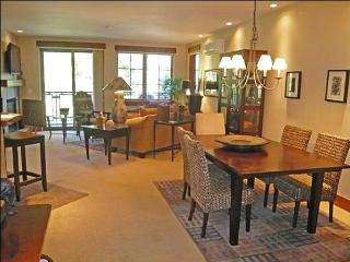 High-End Country Living - Polished, Sophisticated Decor (1061) - Ketchum vacation rentals