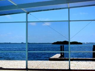 Bayview Retreat: 2BR/2.5BA Pool Home with Bay Views; Close to AMI Beaches - Holmes Beach vacation rentals