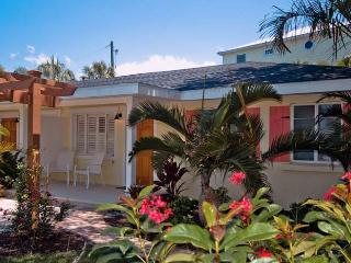New Heron: 2BR/1BA Newly Renovated and Block from Beach - Holmes Beach vacation rentals