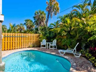 Southern Comfort: 2BR/2BA Pool Home One Block from Beach - Holmes Beach vacation rentals