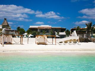 SPECIAL OFFER: Mayan Riviera Villa 25 Set On An Idyllic White Sand Beach. - Terres Basses vacation rentals
