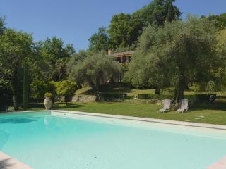 INTERIOR DESIGNER'S  PROPERTY 30 mins from CANNES - Alpes Maritimes vacation rentals