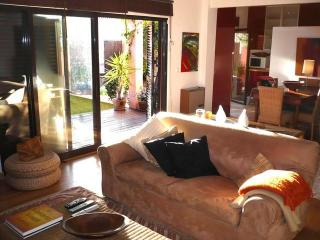 Cosy apartment in Cascais - Cascais vacation rentals