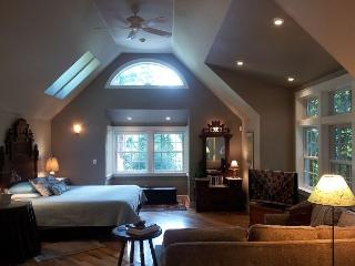 Brand New! Upscale Serene Redwood Retreat in Arcata -Perfect Couple's Retreat - Trinidad vacation rentals